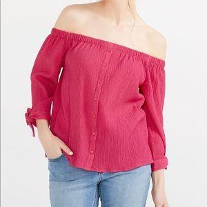 NWOT Reitmans off the shoulder blouse
